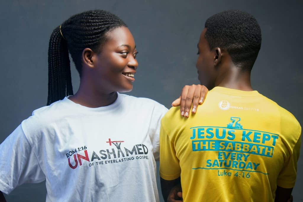 "T-shirt with message ""Jesus kept the sabbath every Saturday"""